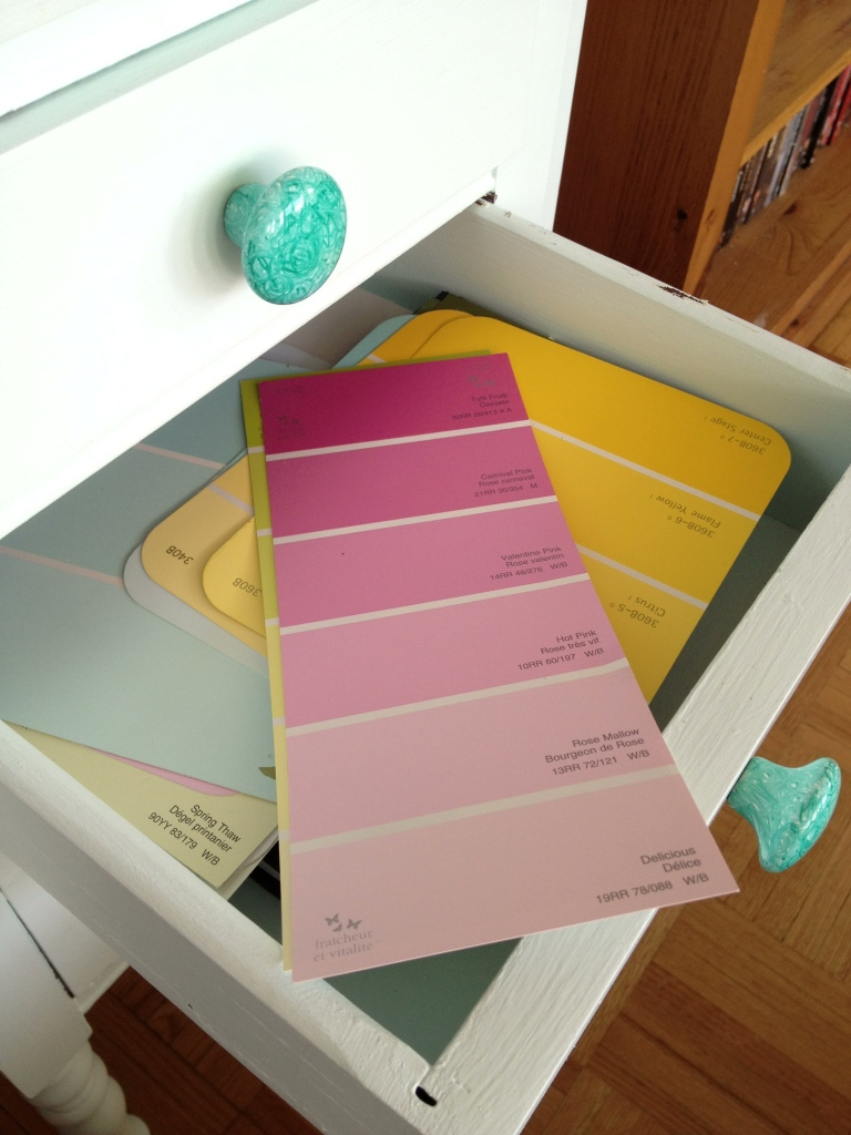 Paint chip drawer