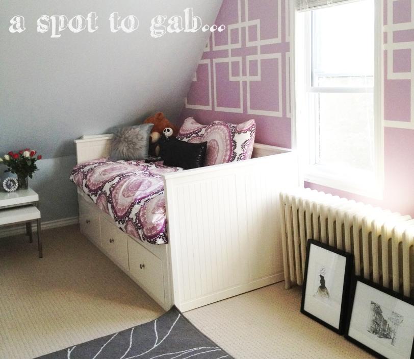 Stylish Teenage Girl's Room